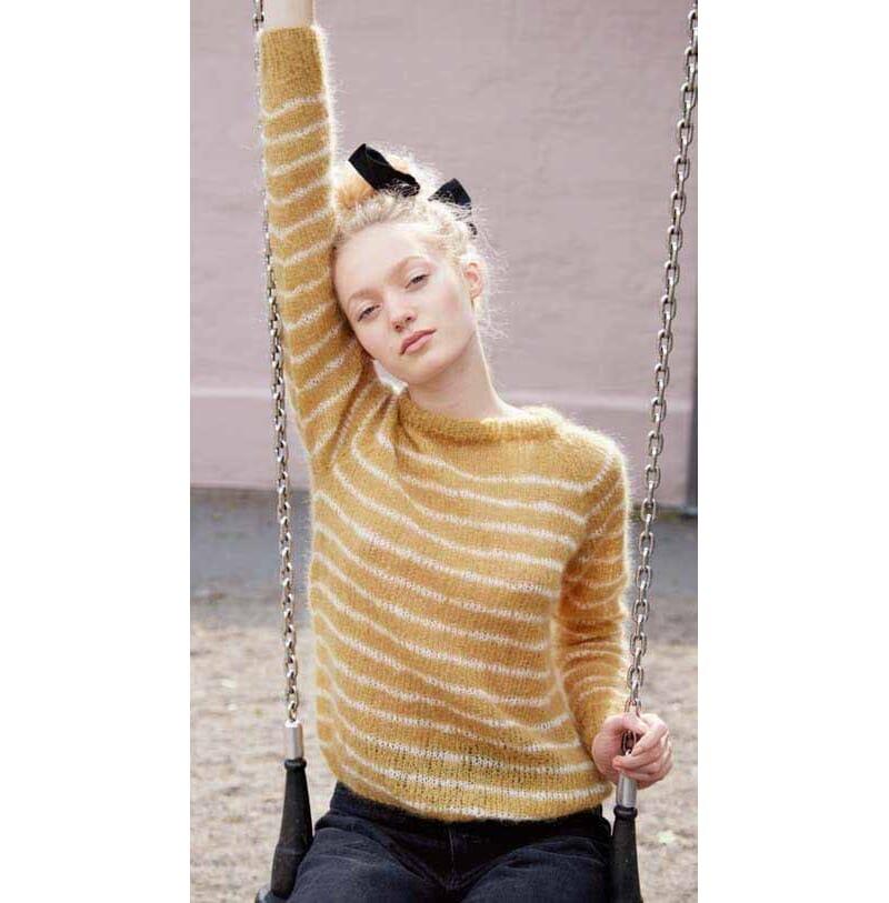 2e708d57 Stripete genser med raglanfelling - Strikkegarn og ...