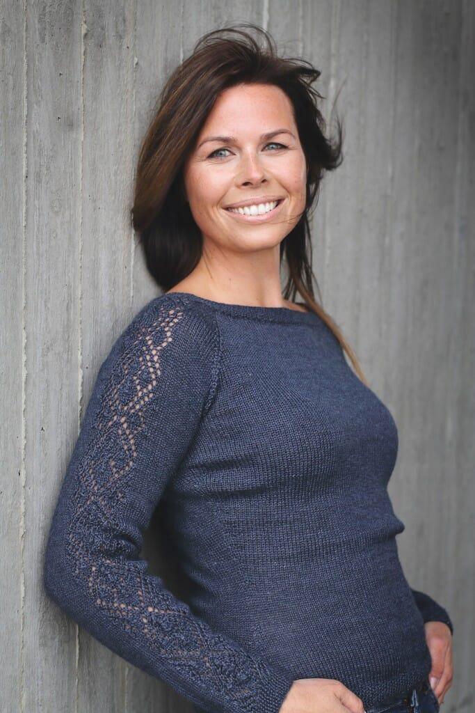Julie genser Strikkegarn og strikkeoppskrifter TO